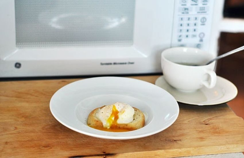 Use the microwave to poach your egg